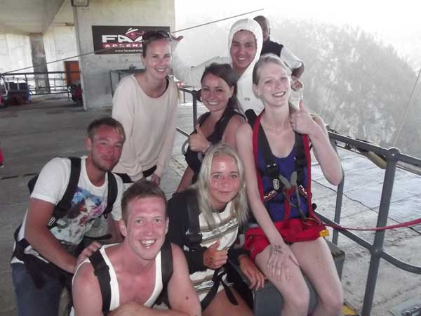 Some of the people I meet also doing the bungee jump.